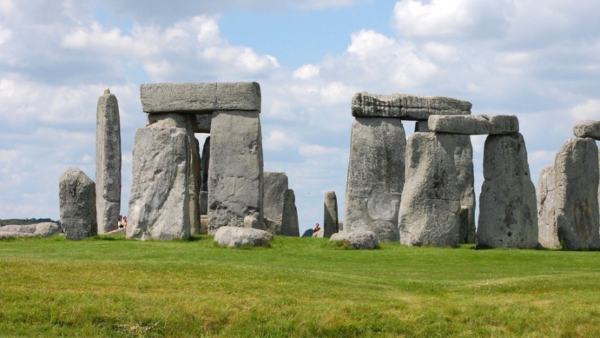 Stonehenge mystery offered clue by Welsh burial chamber