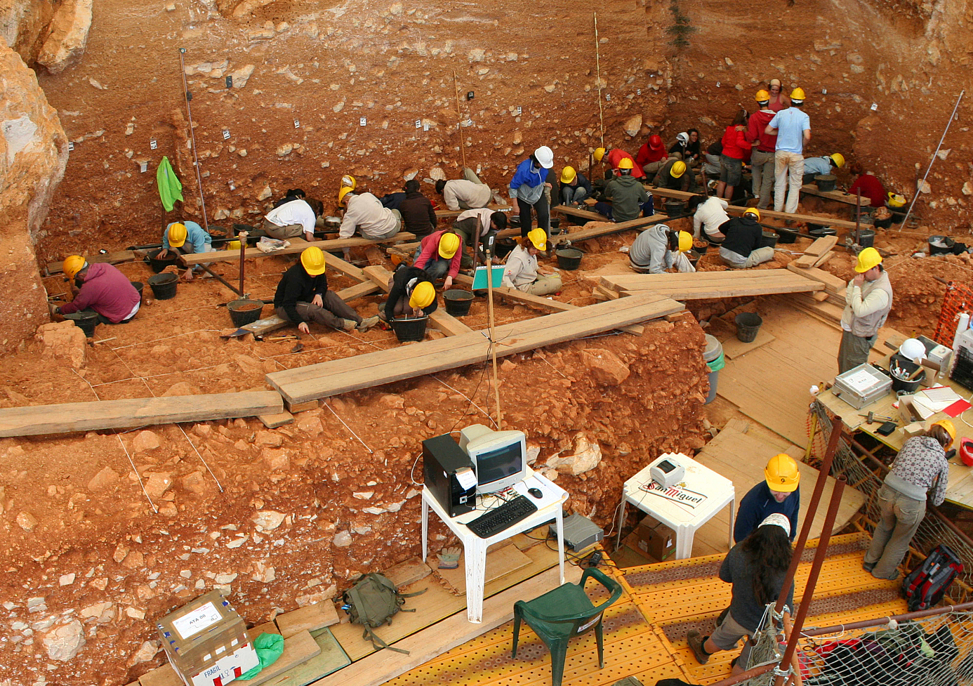 Excavations in Atapuerca Wiki Commons
