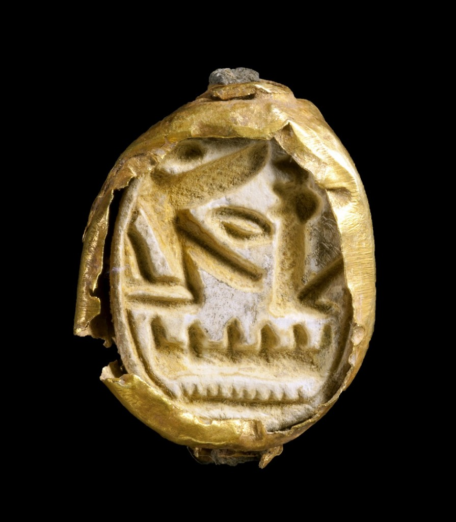 The gold scarab. Photograph: Clara Amit, courtesy of the Israel Antiquities Authority.