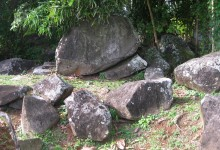 The engraved rocks of Montravail