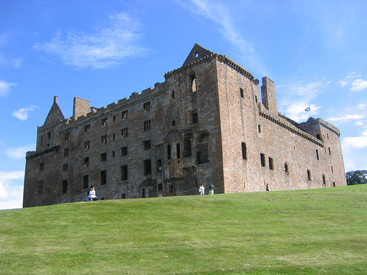 Am_linlithgow_palace_north_west